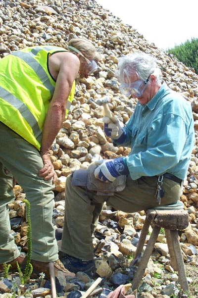 One to one architectural flint knapping workshop